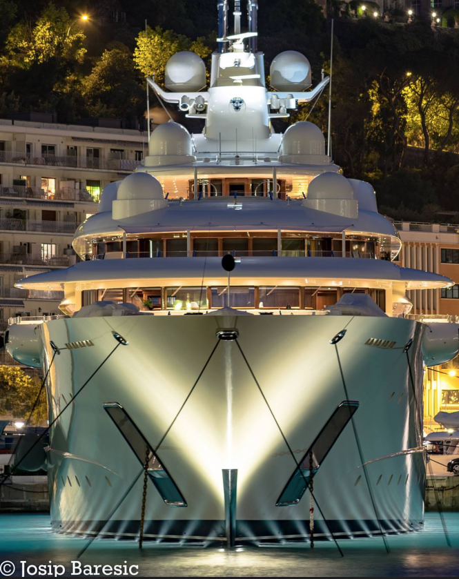 Stunning Ona (ex. Dilbar) in Monaco with her underwaterlights on. Photo credit @j_b_photography__