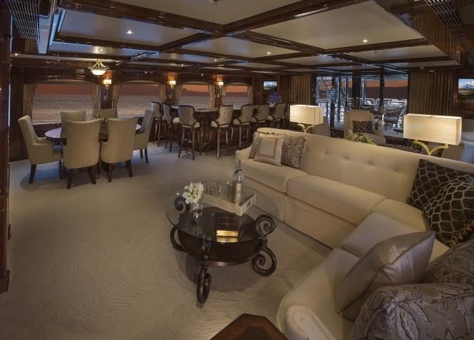 Superyacht SILVER LINING - Skylounge