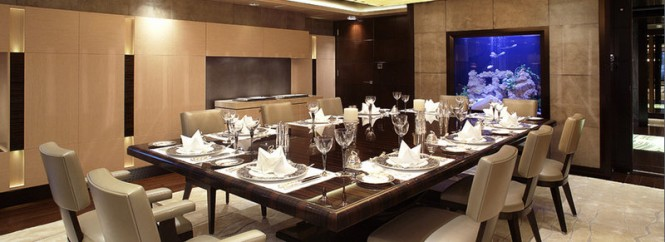 Superyacht VICKY - Formal dining
