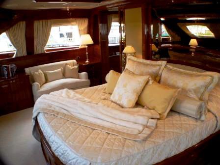 Superyacht WILD THYME - Master cabin