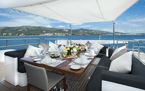 Upper deck alfresco dining - Motor yacht CHRISTINA G