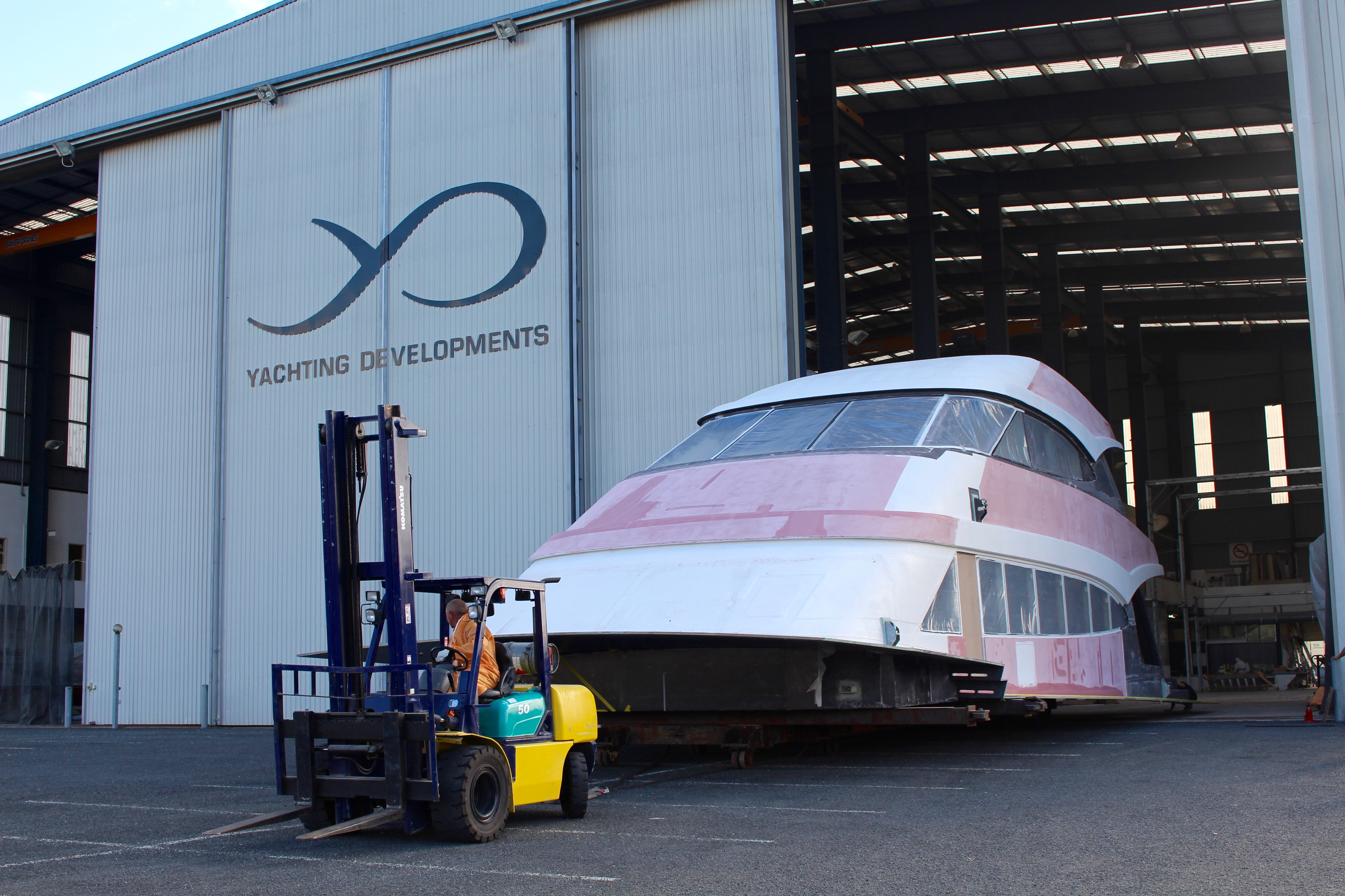 Yachting Developments New Zealand - motor yacht Hull1015 - in build