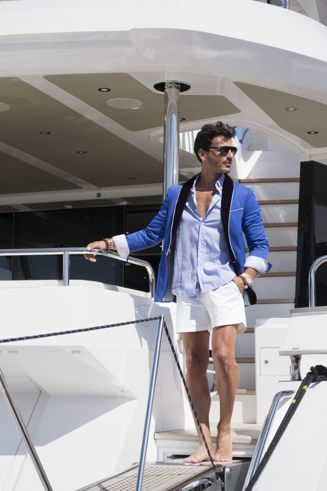 209 Mare blazer for yacht holidays