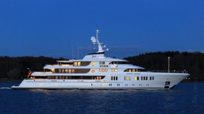 Superyacht Aurora. Photo by @carl_groll