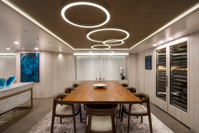 Feadship yacht BROADWATER - Formal dining