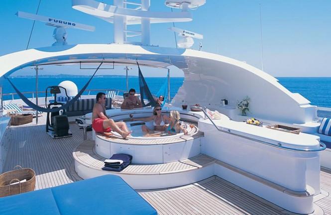 Luxury yacht KANALOA - Sundeck