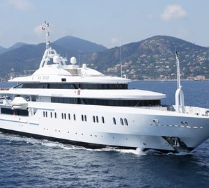 Dance the night away on a Mediterranean charter aboard superyacht Moonlight II