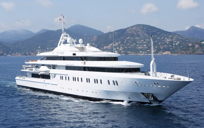 Luxury yacht MOONLIGHT II - Built by Neorion