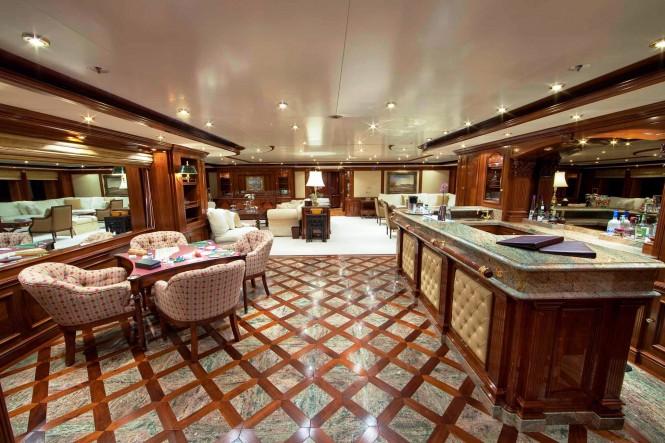 Luxury yacht TITANIA - Main salon