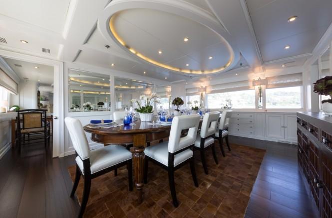Motor yacht BINA - Formal dining area