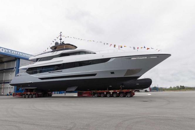 Motor yacht Mangusta Oceano 42 launched in Pisa