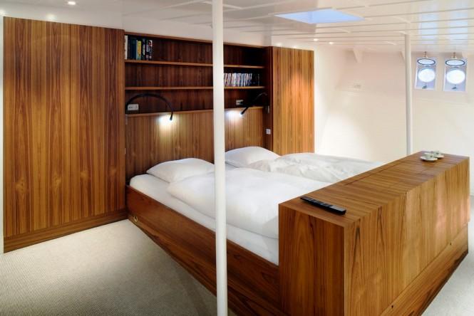 Motor yacht NAVIGATOR - Master suite