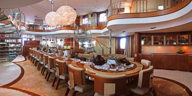 Motor yacht SHERAKHAN - Formal dining area on the lower atrium