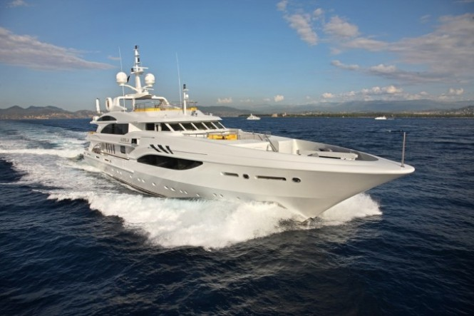 Superyacht Platinum