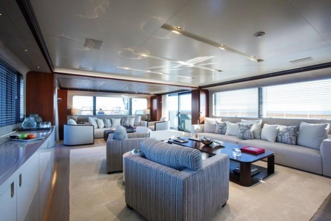 Superyacht MOKA - Main salon