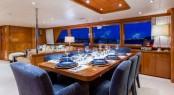 Superyacht NO BUOYS - Formal dining area