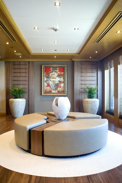 The Owner deck lobby aboard motor yacht INDIAN EMPRESS