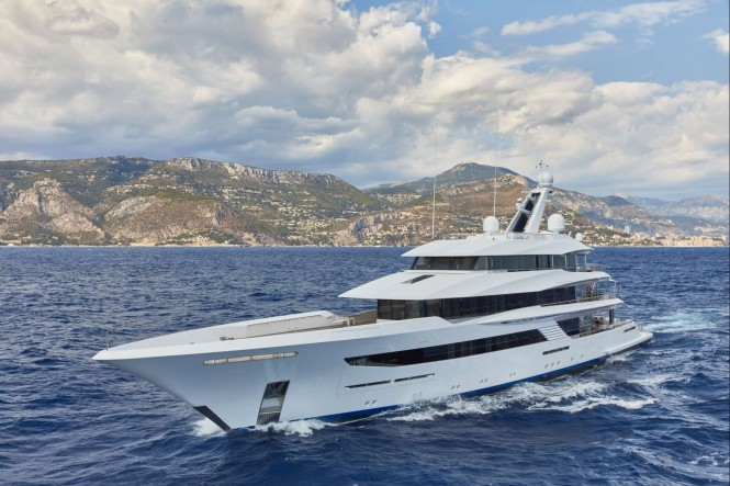 70m/230ft Superyacht JOY - Built by Feadship