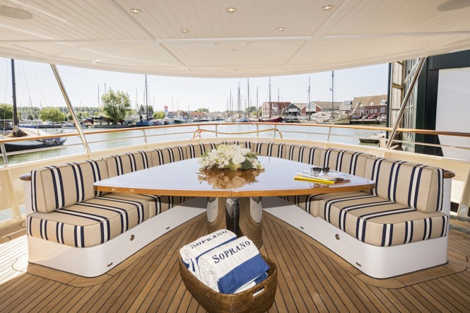 Hakvoort My Soprano main aft deck table and seating