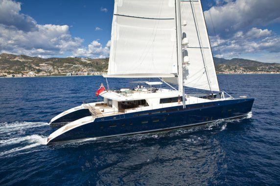 Luxury catamaran HEMISPHERE - Built by Pendennis