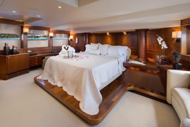Motor yacht BRAZIL - Master stateroom