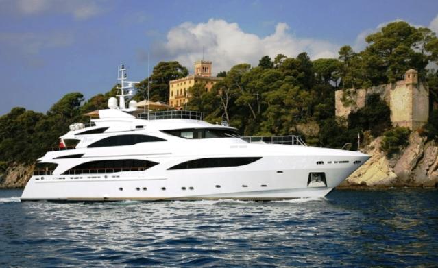 Motor yacht DIANE - Built by Benetti