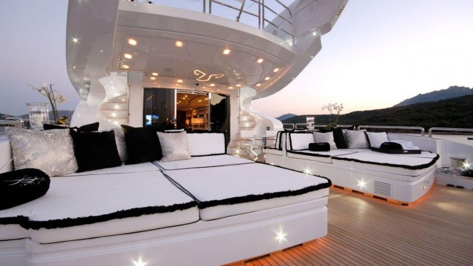 Motor yacht Pure One - exterior