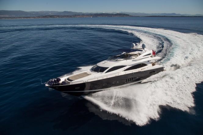 Open yacht BIANCINO - Built by Sunseeker