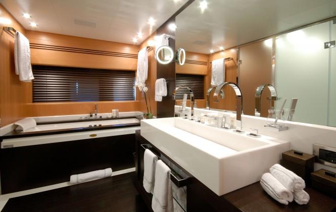 Pure One - bathroom
