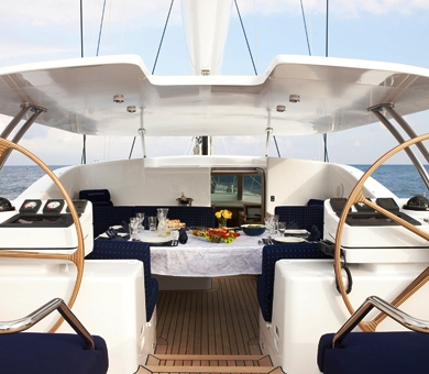 Sailing yacht NOSTROMO - Alfresco dining in the cockpit