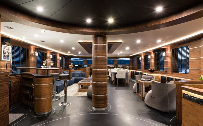 Sailing yacht ROX STAR - Salon and formal dining area