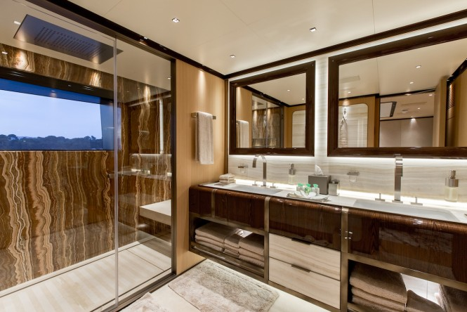 VERTIGE - master bathroom