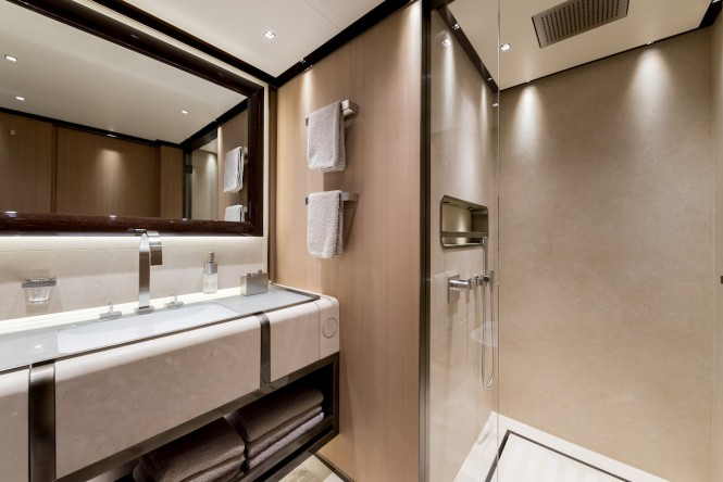 VERTIGE twin guest cabin bathroom