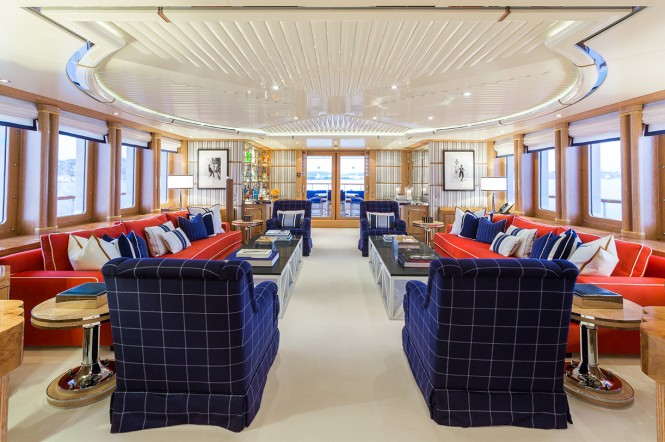Luxury yacht AIR - Main salon