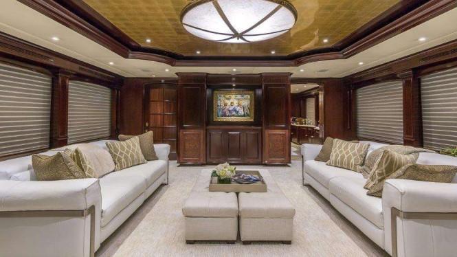 Luxury yacht CLAIRE - Main salon