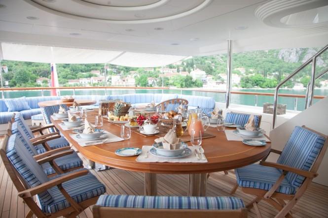 Luxury yacht JO - Main deck aft