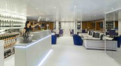 Luxury yacht MISCHIEF - Main salon bar