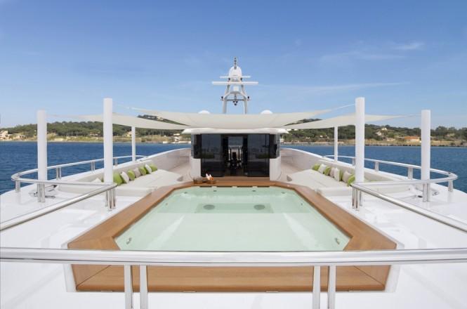 Luxury yacht MOGAMBO - Jacuzzi. Photo credit - Bruce Thomas