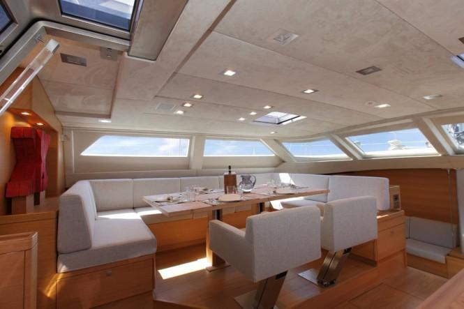 Luxury yacht XNOI - Upper salon