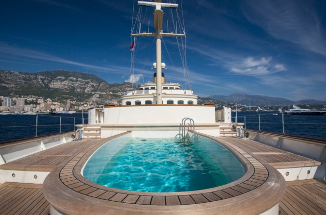 M/Y NERO - Aft view of main deck pool on the bow