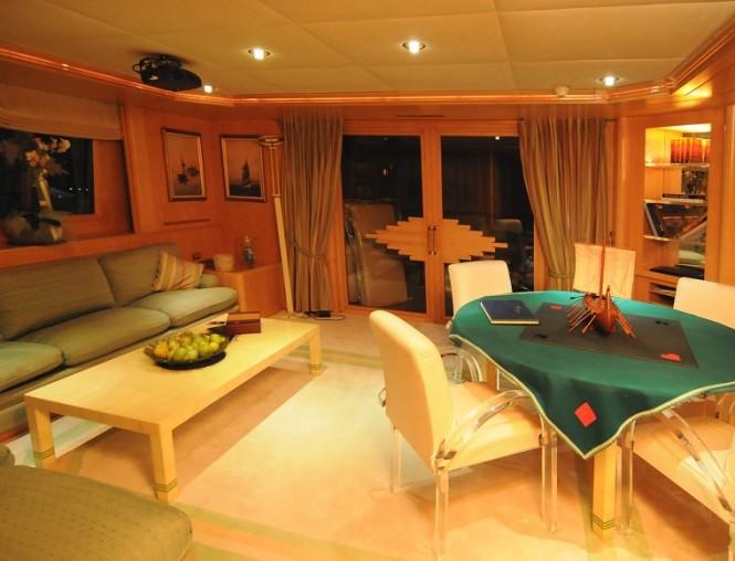 Motor yacht BELLA STELLA - Skylounge
