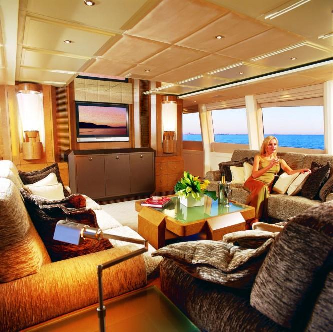 Motor yacht BENITA BLUE - Main salon