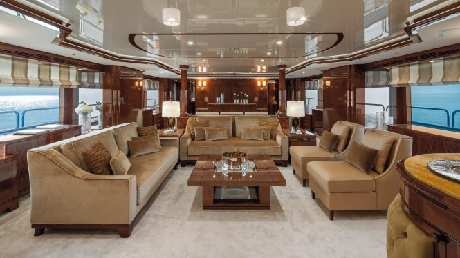 Motor yacht CHECKMATE - Main salon