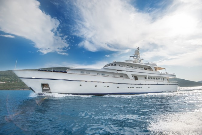 Motor yacht CHEETAH MOON - Built by Cantieri Navali Nicolini