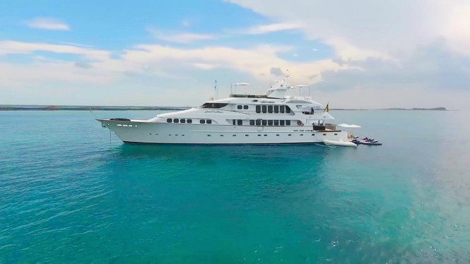 Motor yacht GRAND ILLUSION (ex.SYRENKA, LADY JENN) - Built by Palmer Johnson