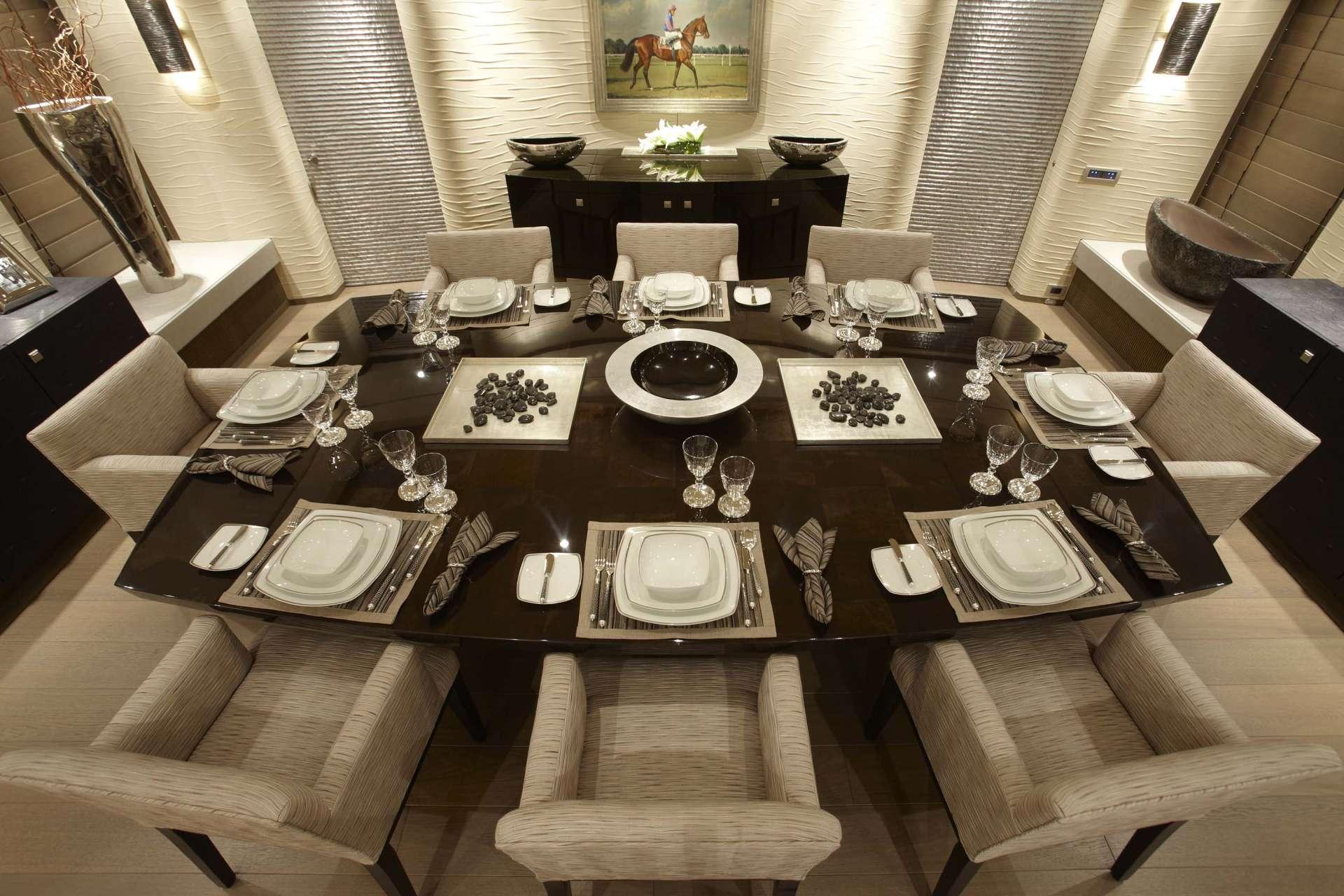 Motor yacht hurricane run formal dining area yacht for Formal dining area