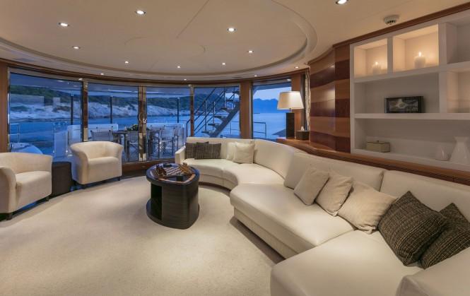 Motor yacht L'EQUINOX - Salon view aft