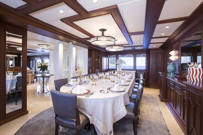 Motor yacht MOSAIQUE - Formal dining area