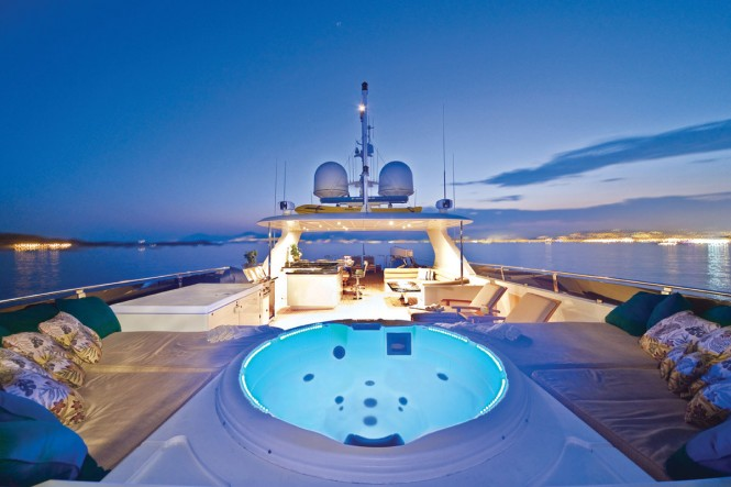 Motor yacht ONE MORE TOY - Sundeck Jacuzzi, sun luoongers and bar