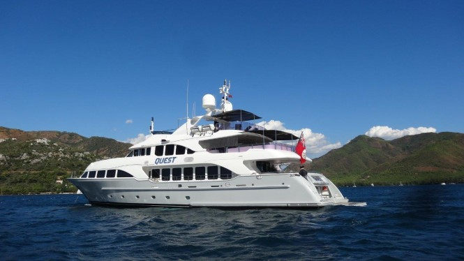 Motor yacht QUEST R - Built by Benetti